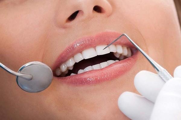 как происходит имплантация зубов поэтапно