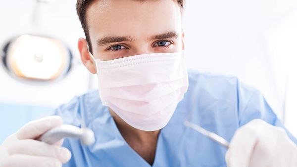 зубная имплантация цены