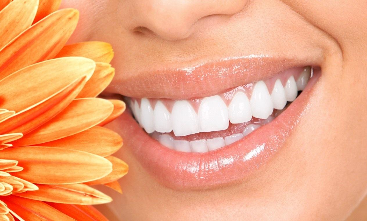 поставить имплант зуба