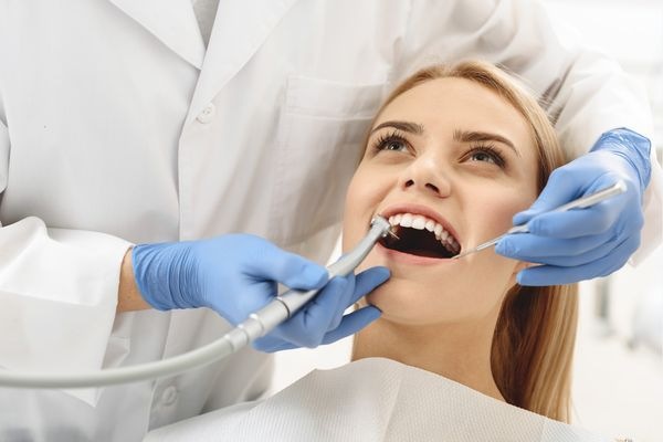 однофазная имплантация зубов