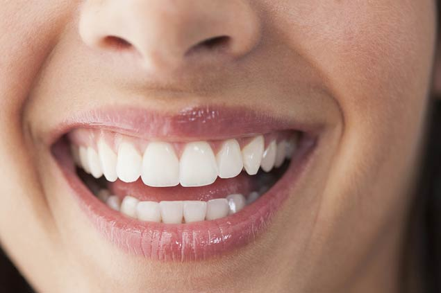 имплантация передних нижних зубов